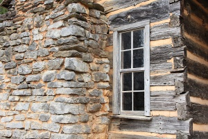 cades-cove-side-of-cabin