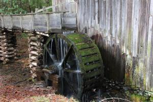 WATER-WHEEL-CADES-COVE